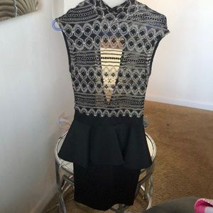 Dresses & Skirts - Black dress with gold accent